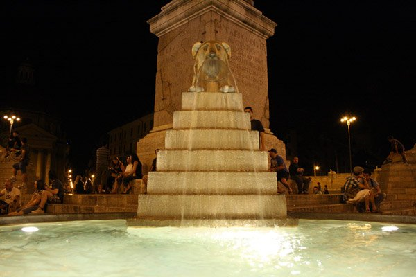 Piazza del Populo by night